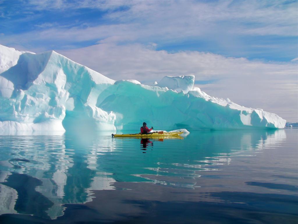 OX Magazine Ellesmere Island Peter Holthusen Kayaking