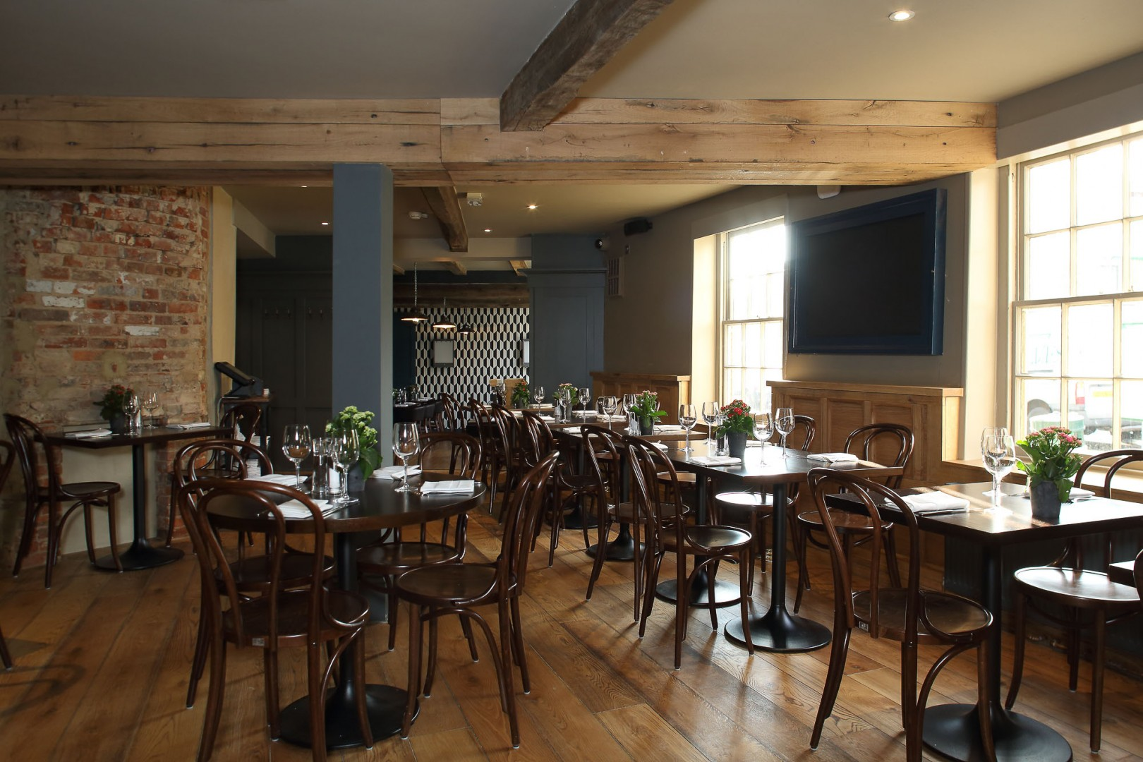 Crown and Thistle restaurant Abingdon