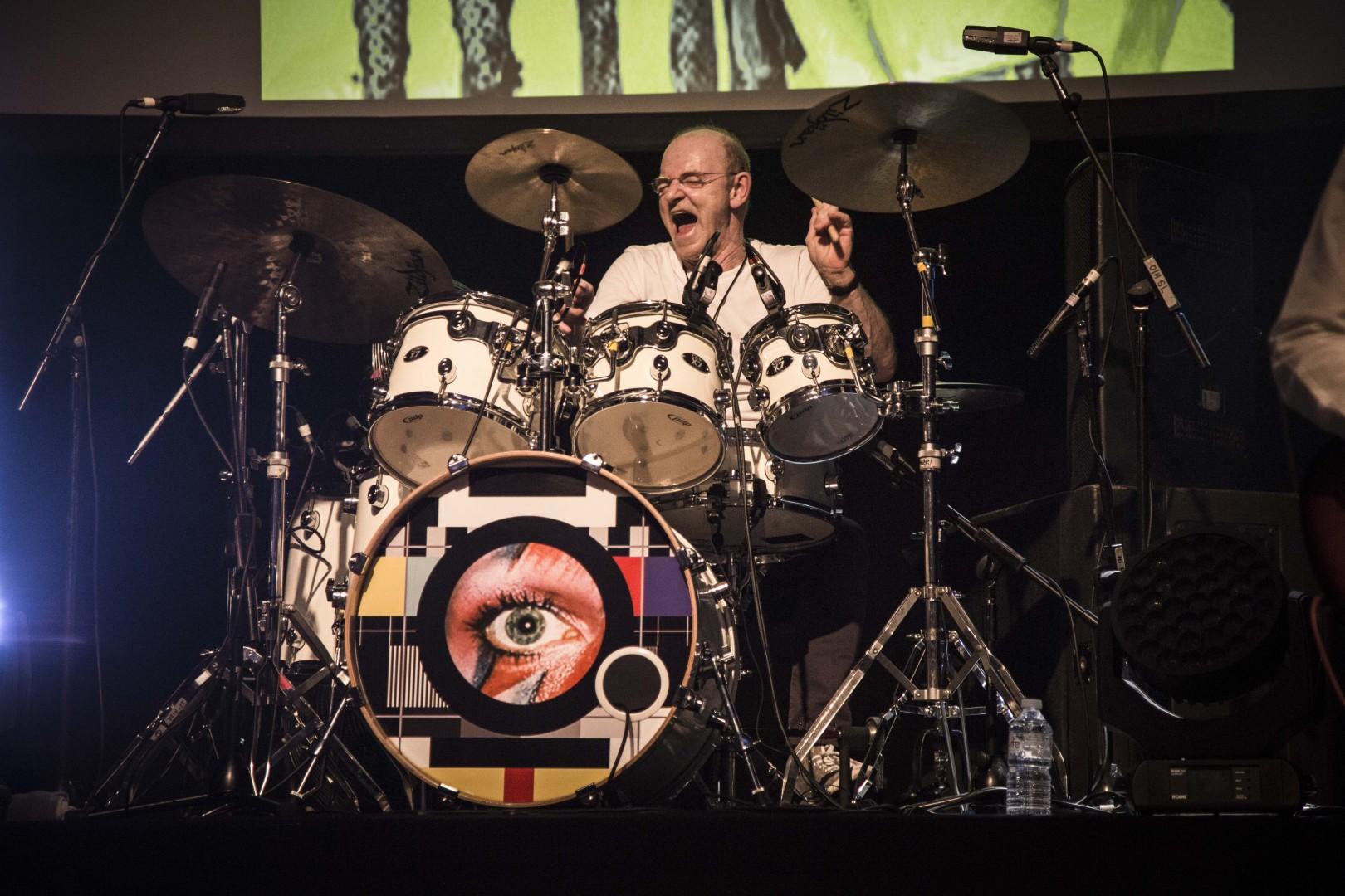 Woody Woodmansey On Drums