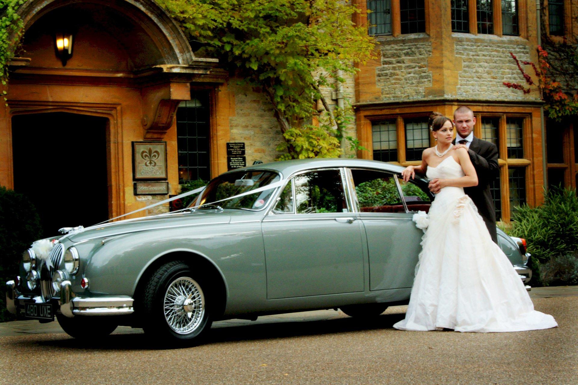 The Autumn Wedding Luxe List Le Manoir Wedding
