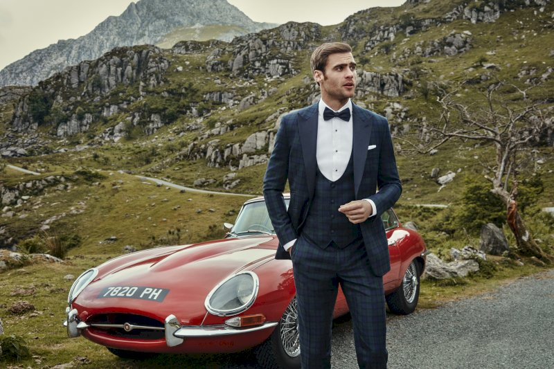 Style Tips for the Modern Groom CLEMENTS CHURCH E Type Jaguar