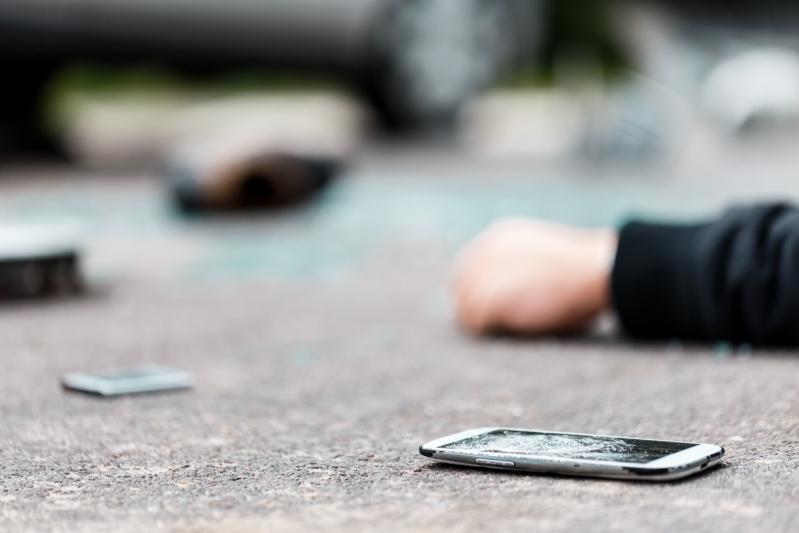 #ItsNotWorthTheRisk Phone While Driving Car Crash Smashed Phone