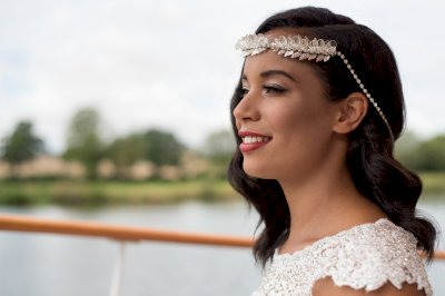 A Drop of Autumnal Glamour Bride with Crown