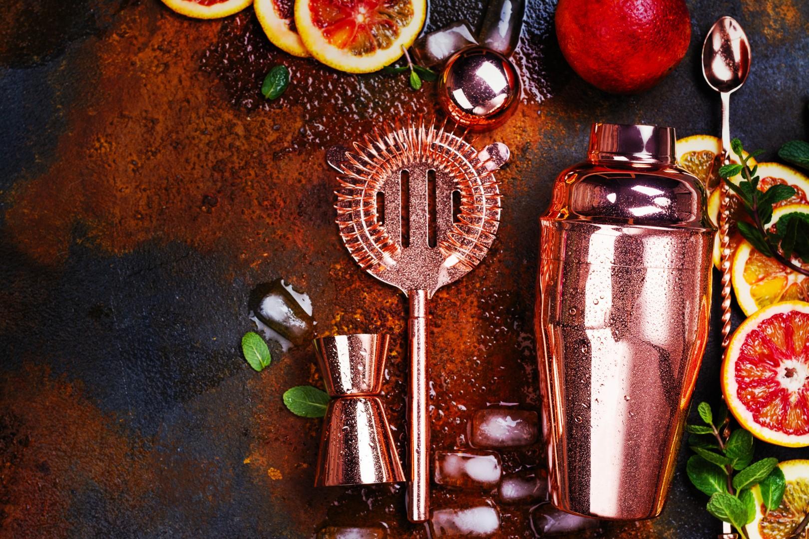Guilt-Free CocktailsCocktail Maker Kit With Fruits