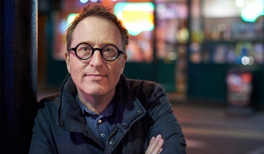 An Interview with Jon Ronson Lamp post