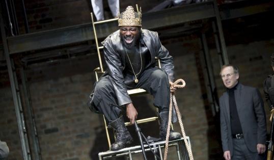 Review Tamburlaine King on throne