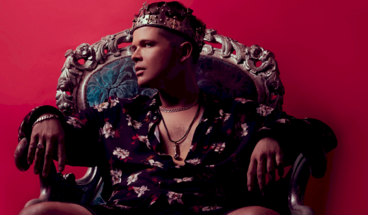 Words can change the World Luke Wright Throne Crown
