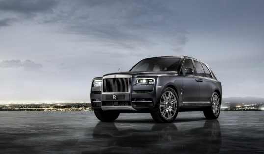 The Ultimate Off Roader Rolls Royce Cullinan Front