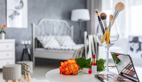 Bedroom With Dressing Table Makeup Focus