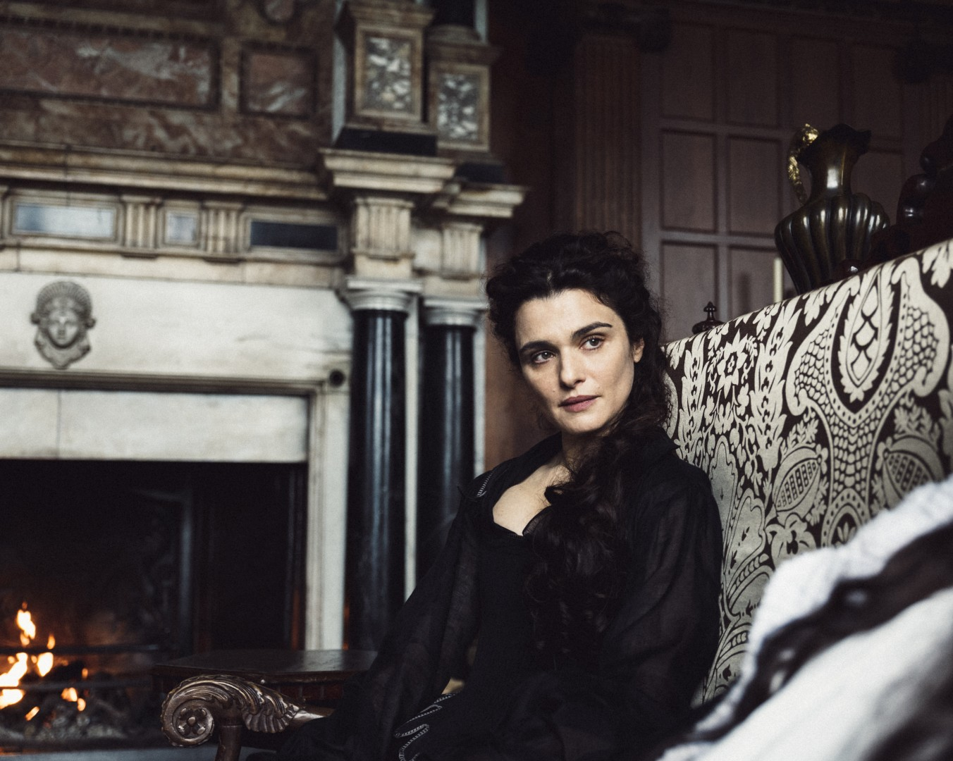 Rachel Weisz Photo by Yorgos Lanthimos 2018 Twentieth Century Fox Film Corporation All Rights Reserved