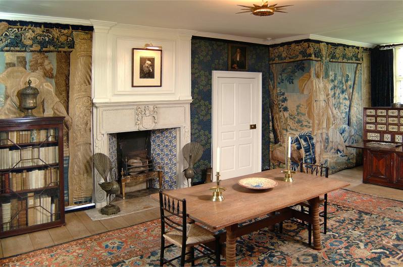 Kelscott Manor Tap Room