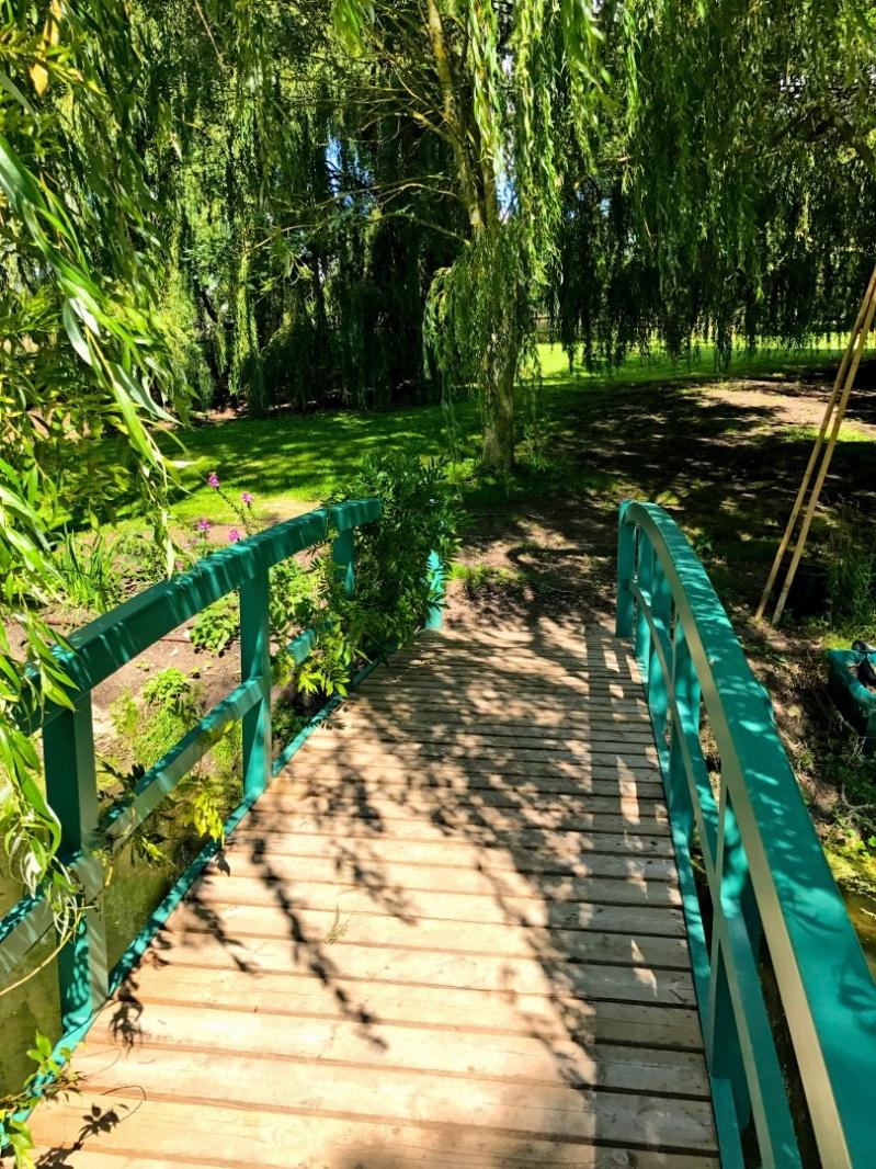 The Oxfordshire Gardener Bridge Garden Design
