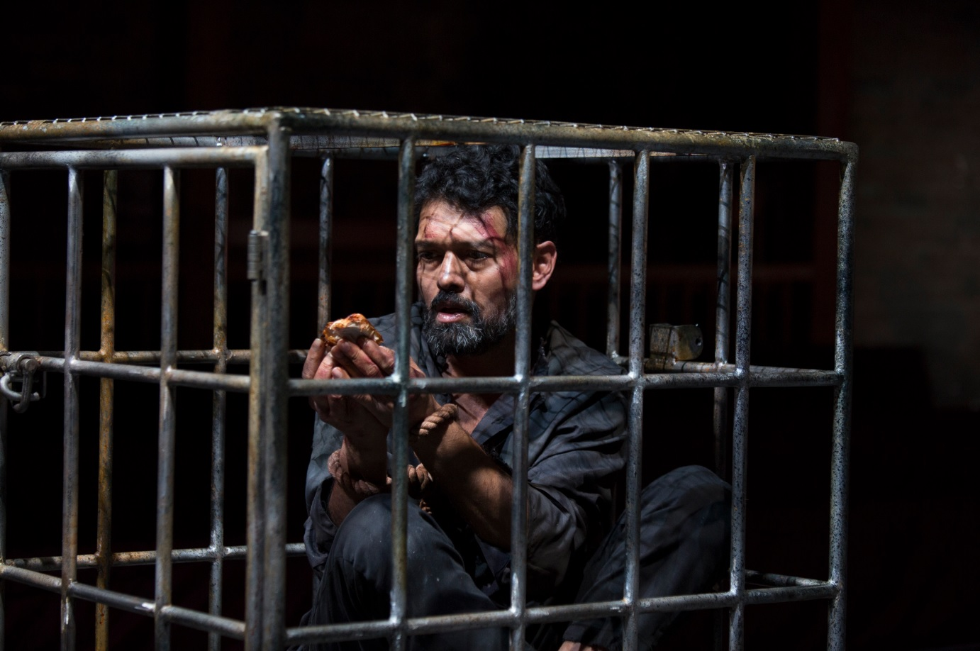 Review Tamburlaine Prisoner